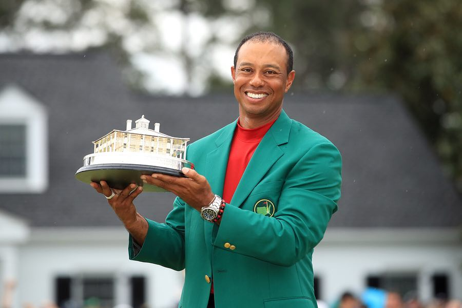 Tiger-Woods-after-winning-the-Masters-for-a-5th-time