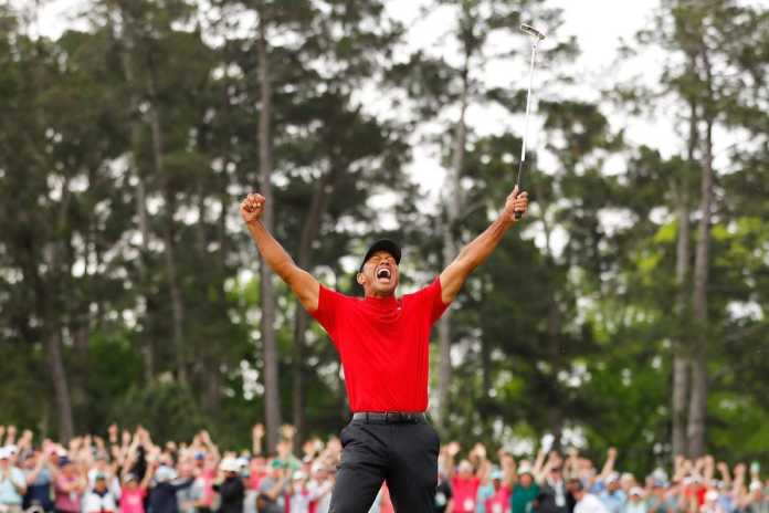 Tiger-Woods-celebrates-in-jubilation-after-winning-the-Masters-for-a-5th-time