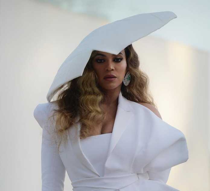 beyonce e1555573033462 696x636 - 'One of my baby's heart paused,' Beyonce talks about troubled pregnancy
