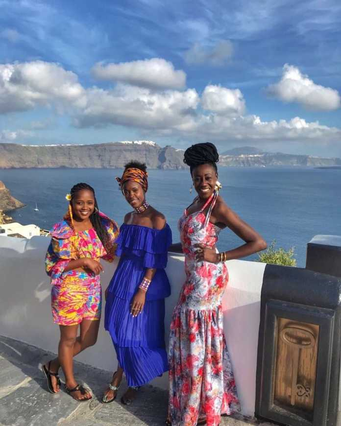 wilbroda3 696x870 - Lanes! Check out Wilbroda and her girlfriends in Santorini