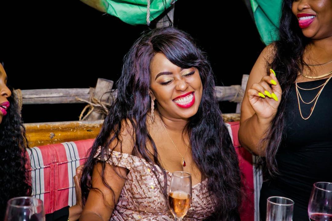 58410229 1676334749177806 5912920937810240133 n - Lillian Muli shows off sexy cleavage and tender thighs