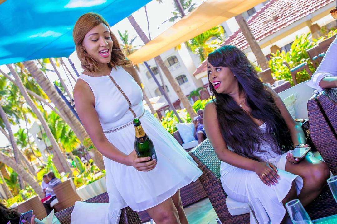 58423721 301651397401223 6185410852936344857 n - Squad goals! Lillian Muli and friends celebrate her birthday in Mombasa (Photos)
