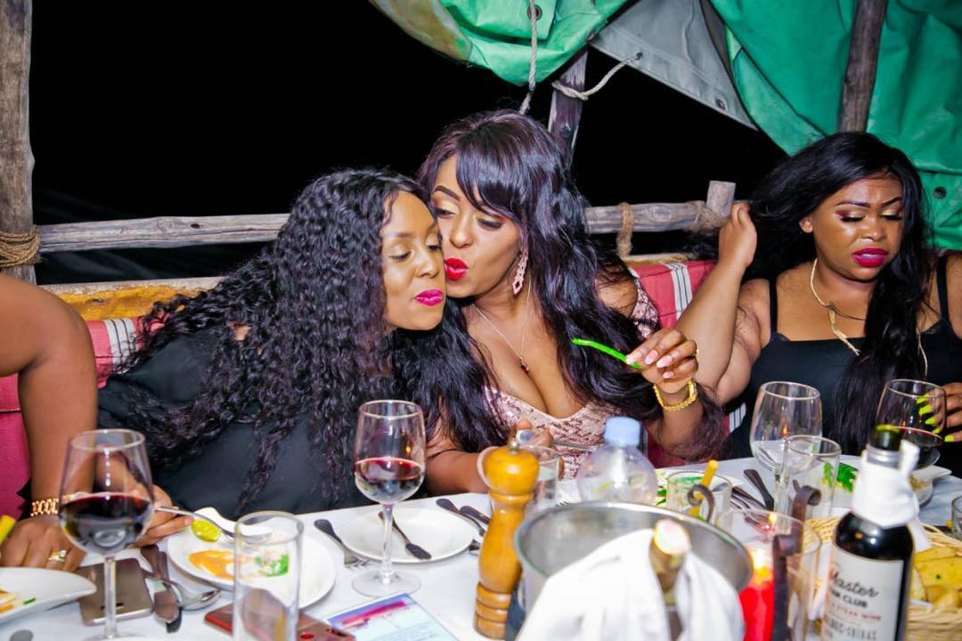58933523 284837475791833 8585298182414736698 n - Lillian Muli shows off sexy cleavage and tender thighs