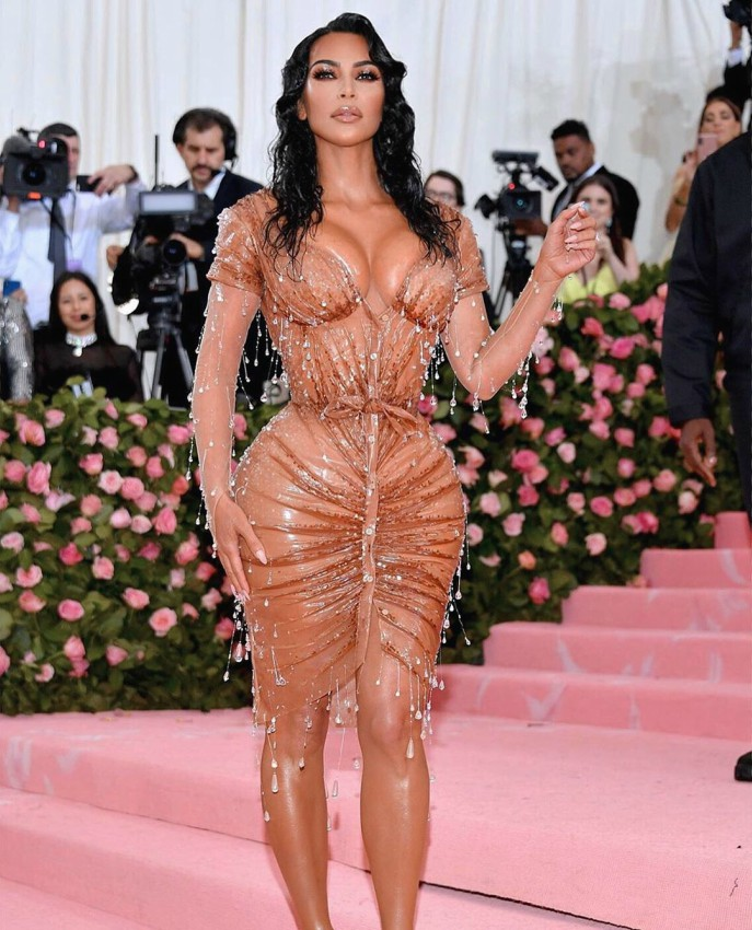 Kim Kardashian at the MET gala 1 - Kim Kardashian reveals the underwear she wore for MET gala