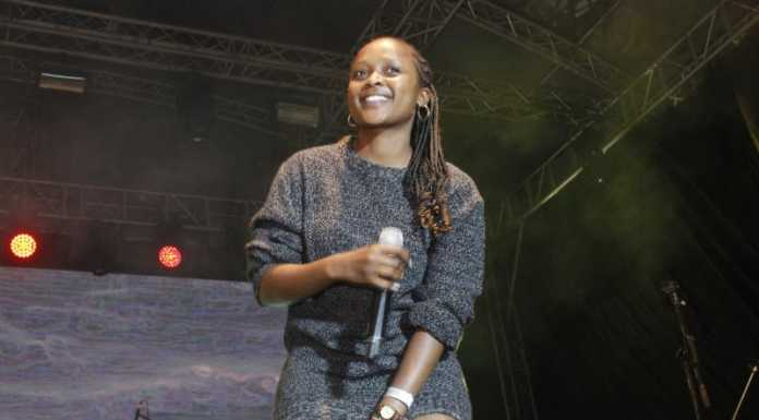 MG 4018 696x385 - Exclusive Photos: How it went down at Etana's concert