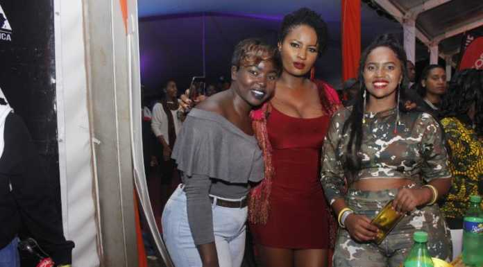 MG 4027 696x385 - Exclusive Photos: How it went down at Etana's concert