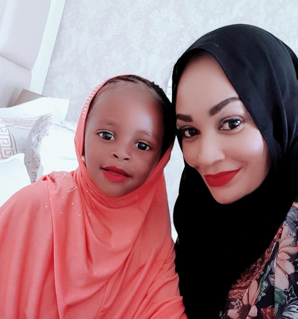 54277440 251762225733744 5477996728991616249 n - 'Mnikome!' Zari tells off fans who questioned her religion