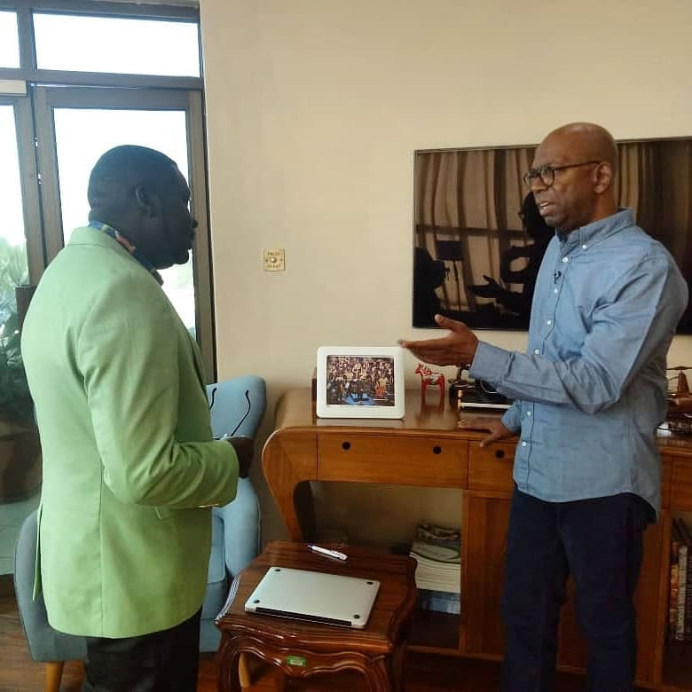 65292810 616726188822497 4274017907804541611 n - Lala salama! Kenyan celebrities mourn Bob Collymore