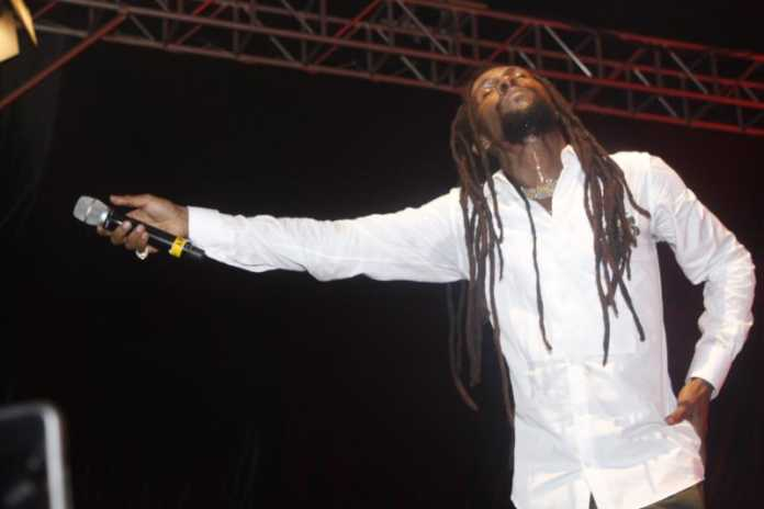 MG 8226 696x464 - How it went down at Jah Cure's concert