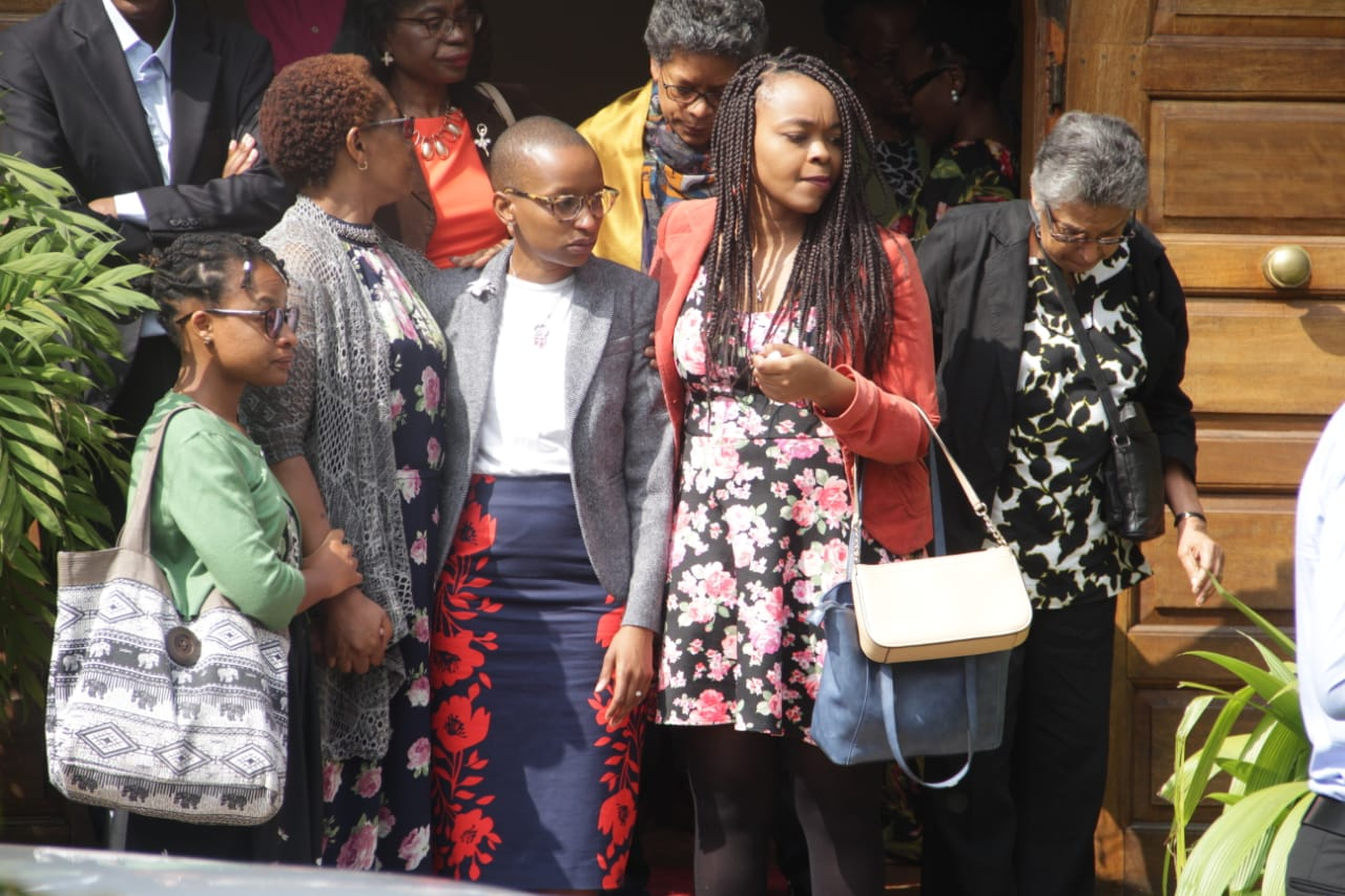 c03d5125 024e 463e 98c0 45540a1b0e53 - Mungu mpe nguvu! Photos of Bob Collymore's mother at his funeral