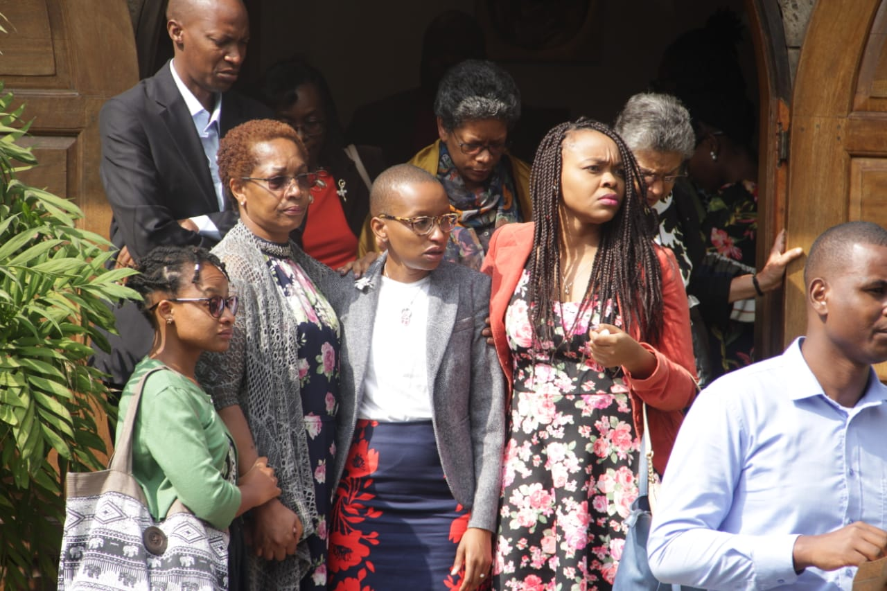 wambui kamiru at bobs funeral - R.I.P gentle giant! Juliani left in tears during tribute to Bob Collymore