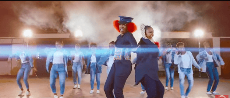Screenshot from 2019 08 14 13 11 21 - Size 8 and Wahu hairstyles outshine their music video, Kenyans react