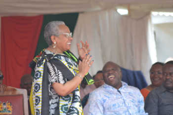 unnamed 42 350x233 - Why the First Lady Margaret Kenyatta is nicknamed 'Daughter of Tana River'