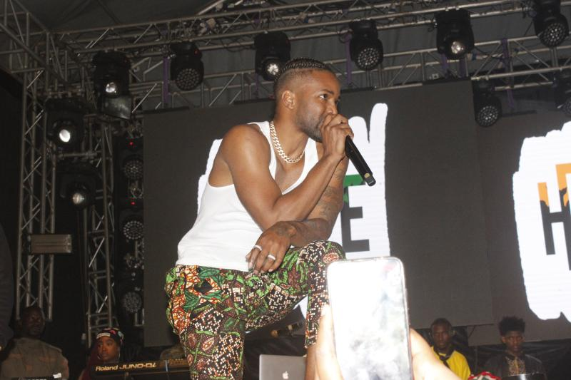 Jamaican star Konshens as he takes over the stage at the concert hosted at Ngong Race Course