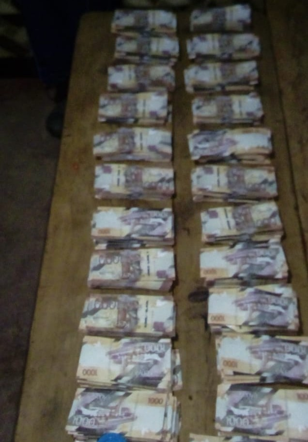 WhatsApp Image 2019 09 16 at 10.24.38 1 - Granny arrested with 2m stolen in 72m money heist (Photos)
