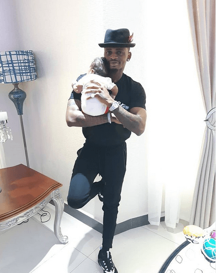 Diamond Platnumz with son