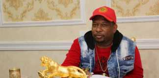 Sonko's all-gold dinning room