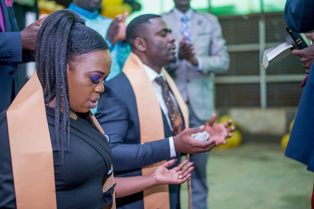 FB IMG 1580478481967 - Photos of Ruth Matete's hubby falling on church make rounds