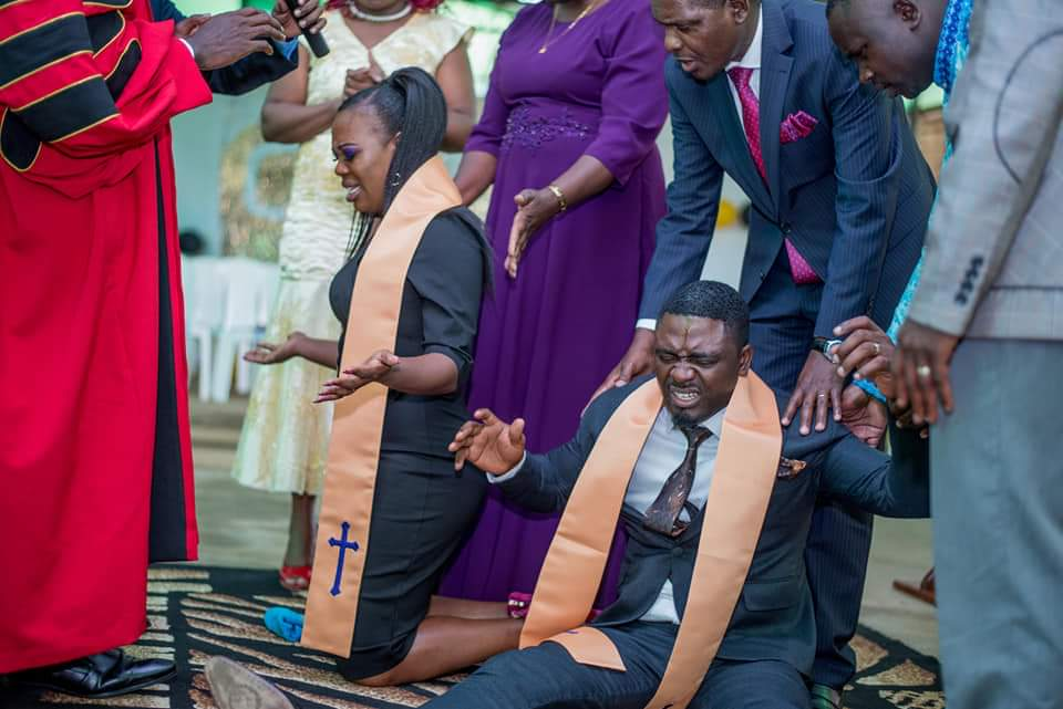FB IMG 1580478907353 - Photos of Ruth Matete's hubby falling on church make rounds